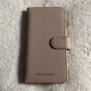 iPhone 8+ Michael Kors Phone/Wallet Case